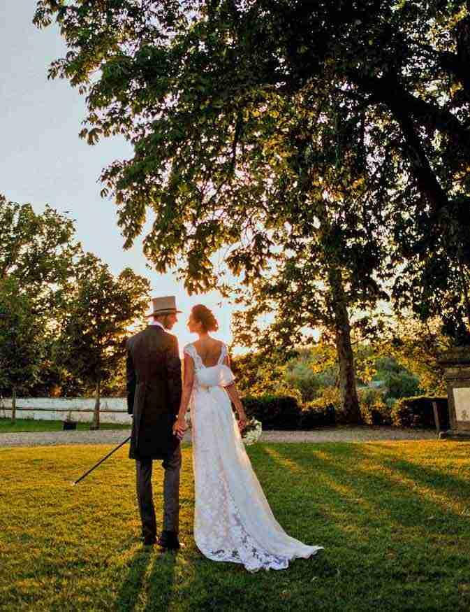 bridal elegance at sunset